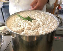3月「清湯・棒棒鶏」美味しいスープの取り方